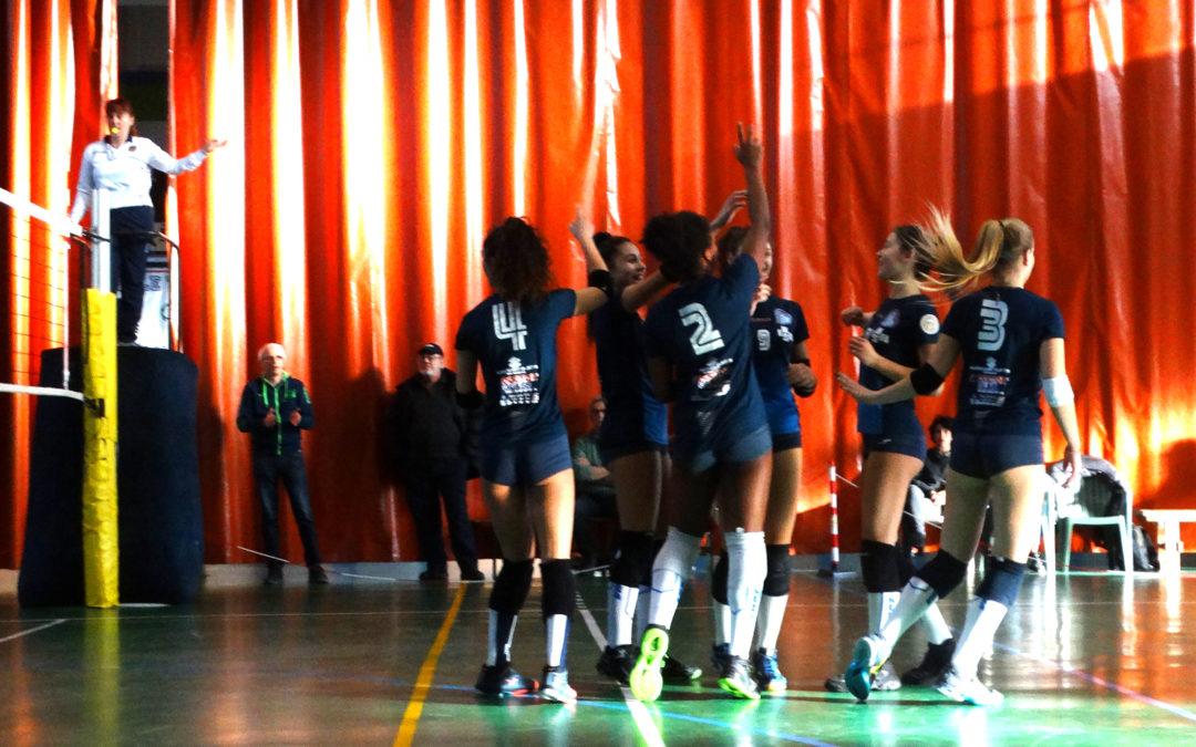 Nel girone 1 del campionato under 16 la squadra Isil Volley Almese Massi 04 continua la serie positiva